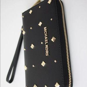 Michael Kors Jet Set Large Flat Leather Phone Case